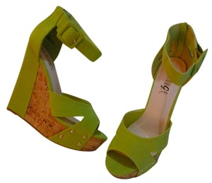 Rouge Lime Green Platforms