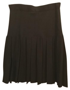 St. John Pleated Knit Skirt black