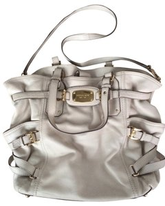 Michael Kors Satchel in Off white