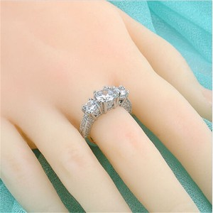 Stunning White Topaz Engagement Wedding Ring Free Shipping