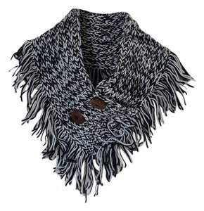 R Fashion Button Collar Poncho Scarf
