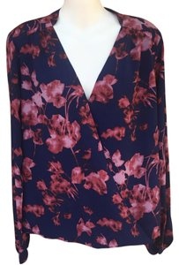 Vince Camuto Top Navy Blue Pink Red