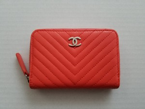 Chanel Brand NEW 2016 Chevron Zip Coral Pink Coin Card Case