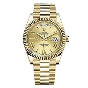 Rolex Rolex Day-Date 40 18K Yellow Gold Watch Champagne Roman Dial 228238