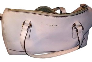 Coach Satchel in Off while (cream)