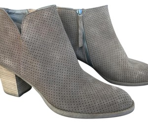 Dolce Vita Suede Taupe Boots