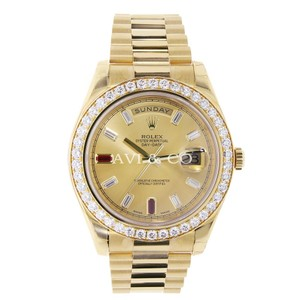 Rolex Rolex Day-Date II 18K Yellow Gold Diamond Bezel/Diamond & Ruby Dial