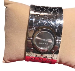 Gucci Gucci Stainless Steel Twirl Watch