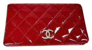 Chanel CHANEL FLAP WALLET CC RED QUILTED PATENT LEATHER BI-FOLD 2015