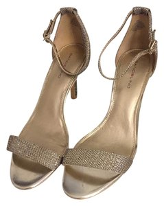 Bandolino Strappy Elegant Sparkly Light gold Formal