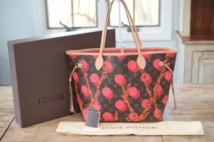 Louis Vuitton Lv Neverfull Mm Tote in multi colored