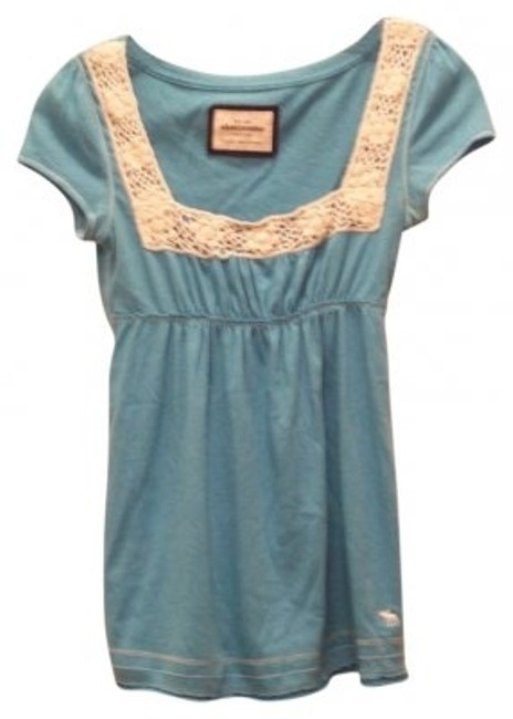 Preload https://item1.tradesy.com/images/abercrombie-and-fitch-blue-blouse-size-petite-14-l-20295-0-0.jpg?width=400&height=650