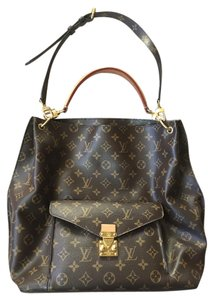 Louis Vuitton Metis Hobo Monogram Shoulder Bag