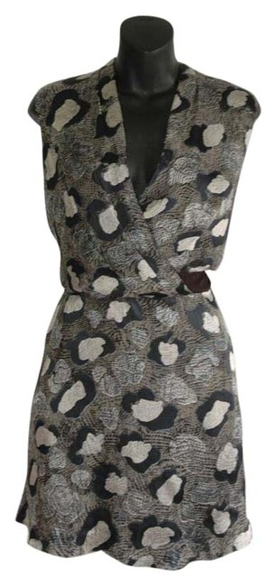 Preload https://img-static.tradesy.com/item/20295494/leifsdottir-gray-print-silk-anthropologie-fully-lined-deep-v-above-knee-cocktail-dress-size-6-s-0-1-650-650.jpg