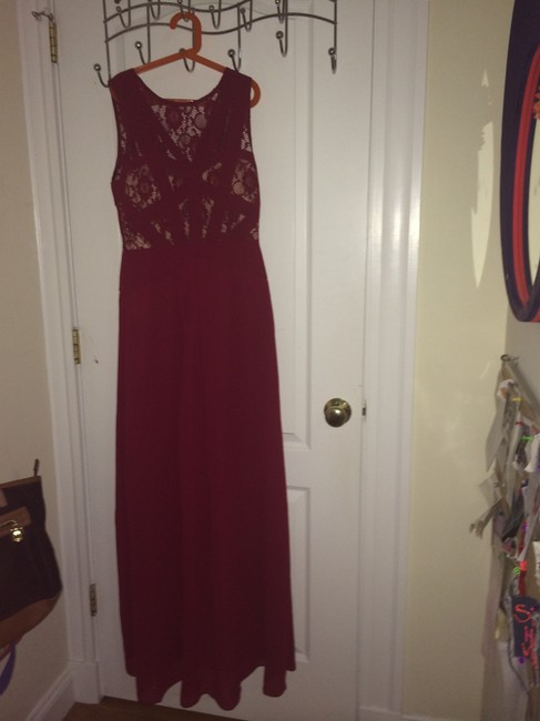 Item - Red Gown Full Length Lace Long Formal Dress Size 4 (S)