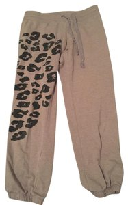 Wet Seal Print Cut Offs Capris Gray, Cheetah Print, Black