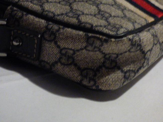 Gucci Purses/Designer Purses Navy Large G Logo Print & Navy Leather with A Wide Red & Navy Stripe Coated Canvas Cross Body Bag Gucci Purses/Designer Purses Navy Large G Logo Print & Navy Leather with A Wide Red & Navy Stripe Coated Canvas Cross Body Bag Image 9