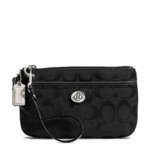 Coach F49175 49175 Medium Wristlet in Black