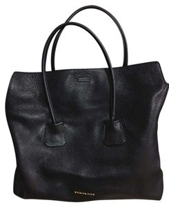 Burberry Leather Leather Tote in Black
