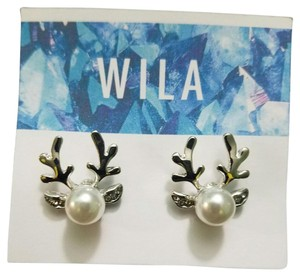 Wila Reindeer Stude Earrings