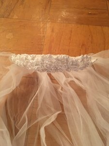 Wedding Veil With Pearl Tiara