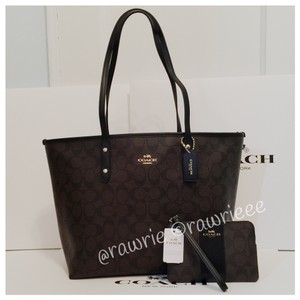 Coach Monogram Set Matching Set Gift Set Set Tote in black