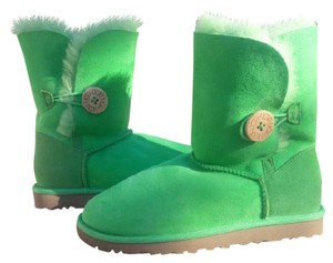 UGG Australia Green Athletic