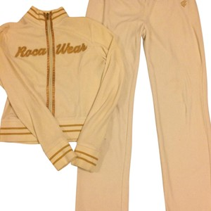 Rocawear cream and gold set