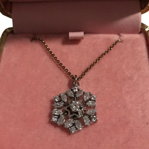 Juicy Couture Snowflake