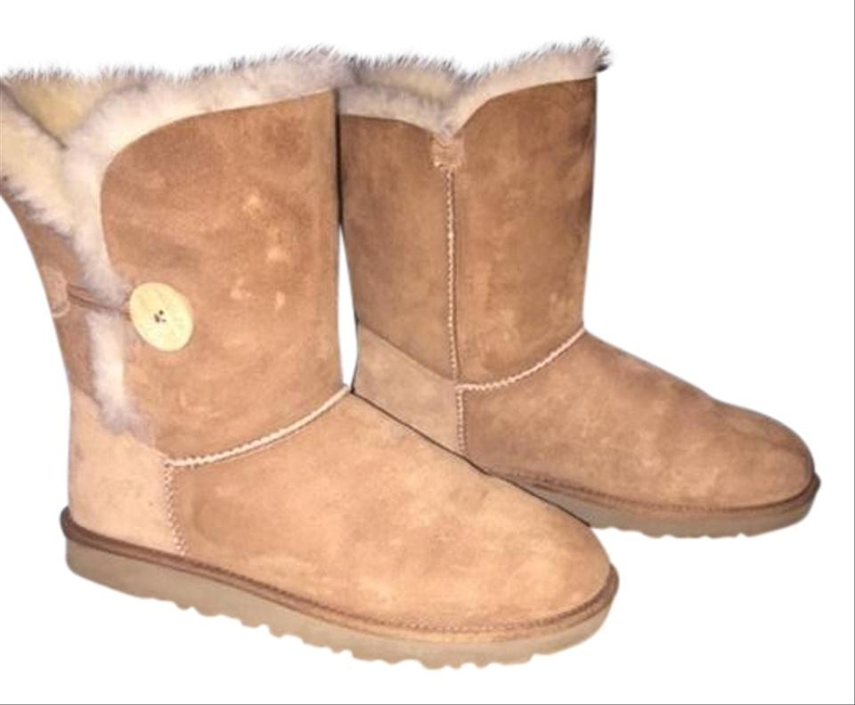 40a84619f7a UGG Australia Chestnut Suede Bailey Button Boots/Booties Size US 9 Regular  (M, B)