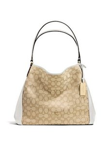 Coach 33466 Shoulder Bag