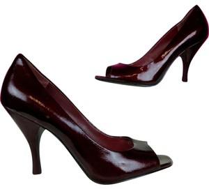 BCBGeneration Red, Maroon Pumps