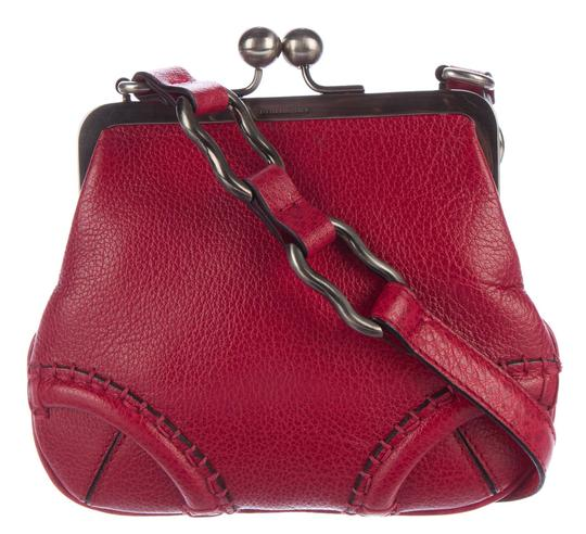 Burberry Kisslock Frame Trench Kiss Lock Pebbled Leather Cross Body Bag