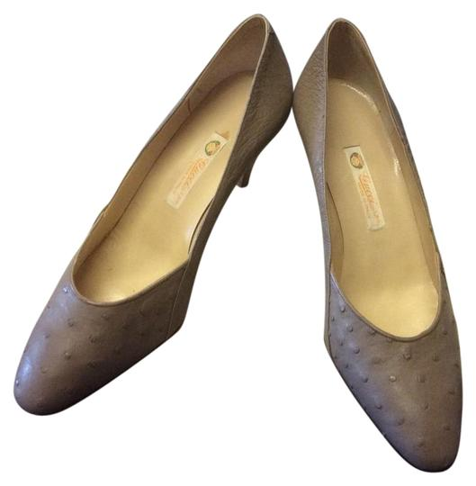 Gucci Taupe Pumps Image 0