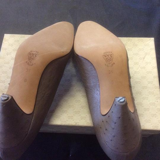 Gucci Taupe Pumps Image 2