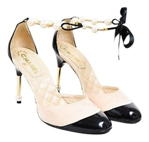 Chanel Black Patent Leather Cap Toe Pearl Ankle Strap Cream Pumps