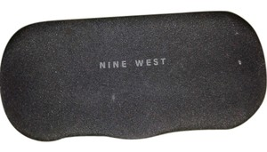 Nine West Nine West clam shell case