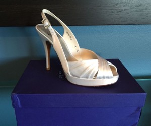 Stuart Weitzman Glow Icky White Satin Bridal Heel Wedding Shoes