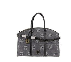 Dooney & Bourke Gray/Black Travel Bag