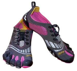Vibram Fivefingers Gray Athletic