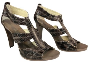 MICHAEL Michael Kors Grey/brown Pumps