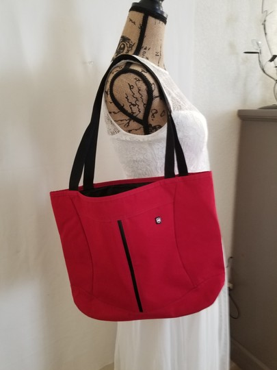 Victorinox Tote in Red Image 11