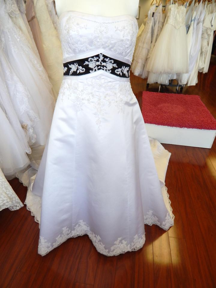 Alfred angelo white and black satin 1708 dress size 16 xl for Alfred angelo black and white wedding dress