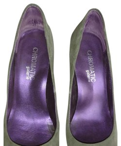 Chromatic Gallerie Gray Pumps