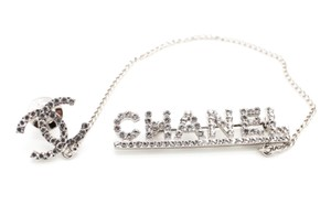 Chanel #9697 CC Chain Logo Spelled Out Silver crystals brooch pin charm