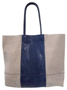 Banana Republic Tote in Navy/Gray