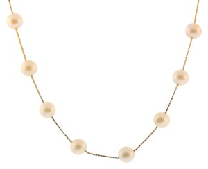 Other Cultured Freshwater Pearl Station Necklace in 14k Gold (5-1/2mm)
