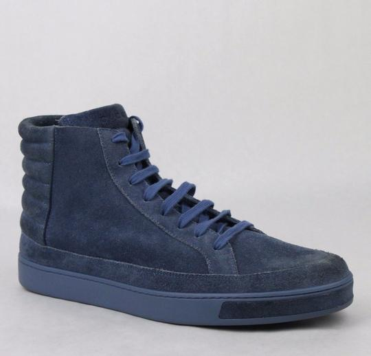 Preload https://img-static.tradesy.com/item/20302400/gucci-blue-men-s-suede-hi-top-sneakers-11-gus-115-378989-4239-shoes-0-0-540-540.jpg