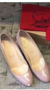 Christian Louboutin New Simple nude Pumps