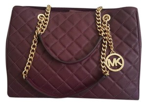 Michael Kors Chain Quilted Business Lambskin Shoulder Bag